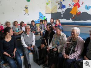 crianças e idosos